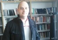 """""""Levački Nemac""""  poklonio biblioteci u Rekovcu vredne knjige"""