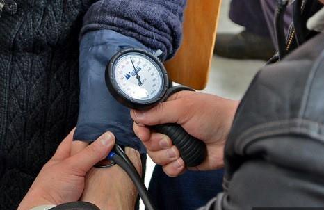 Akcija merenja pritiska i šećera u krvi